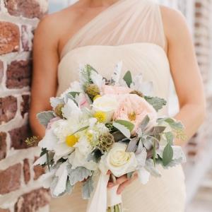 Pretty Brunch Wedding Bouquet