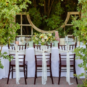 Romantic reception table