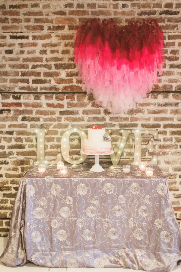 Marquee love sign with ombre heart
