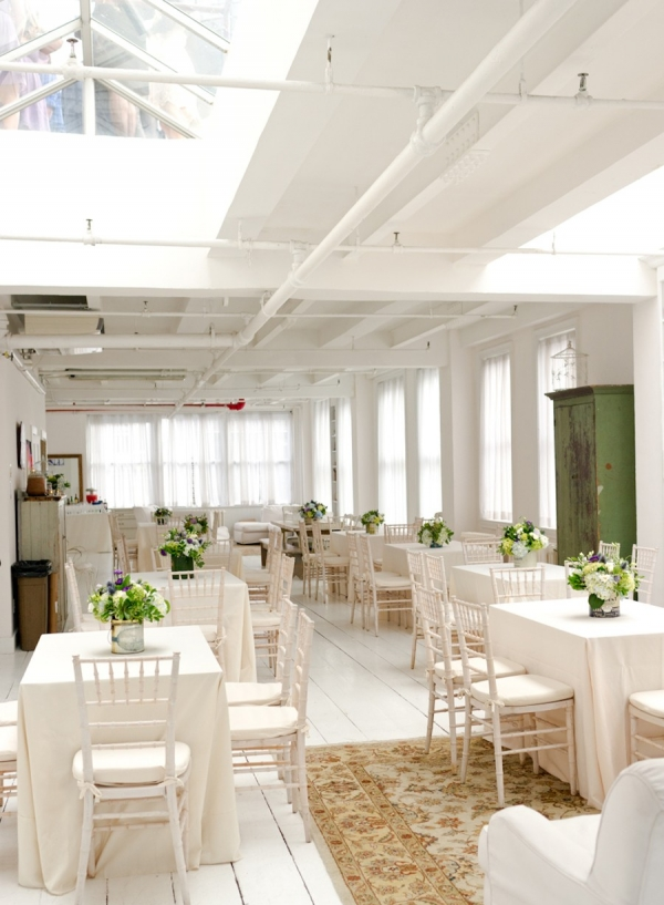 Clean and bright loft style reception