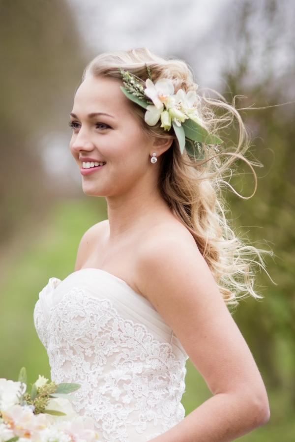Pretty organic bride
