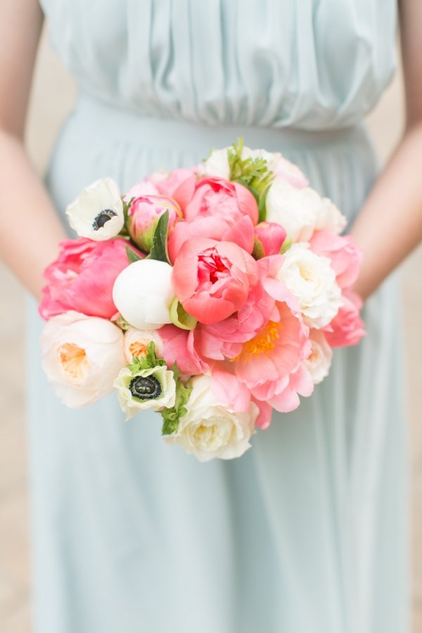Pretty pink and white bridesmaids bouquet