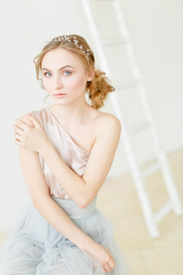 Two-toned bridal style