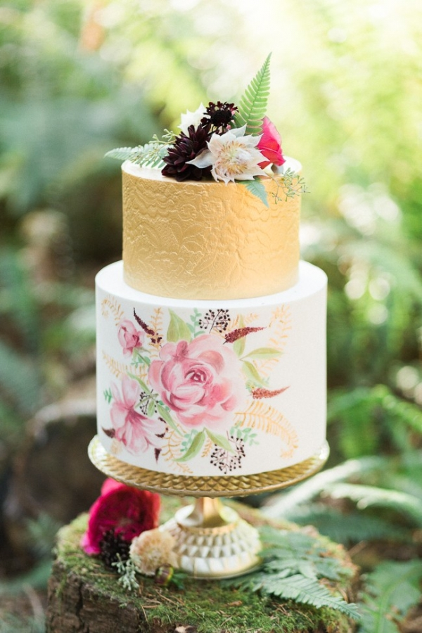 Gold, ivory and pink painted wedding cake