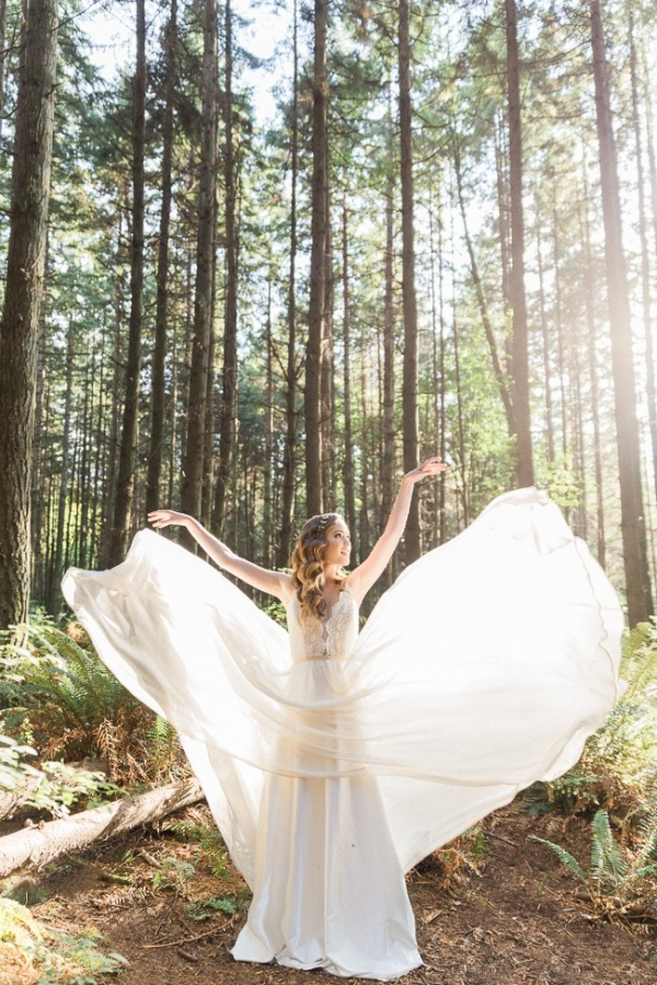 Ethereal Enchanted Forest Bridal Inspiration - Aisle Society