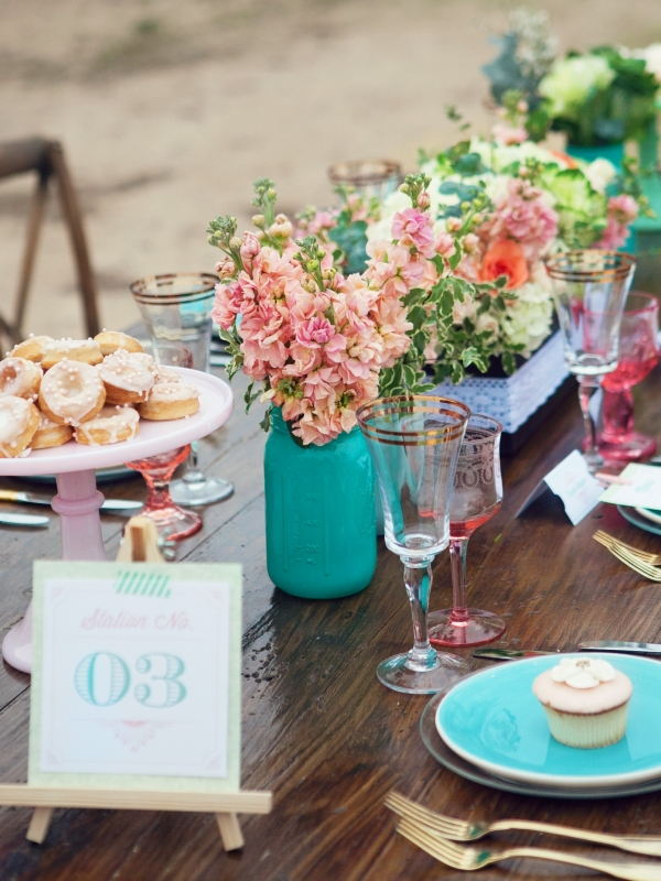 Turquoise place and mason jars with gold flatware