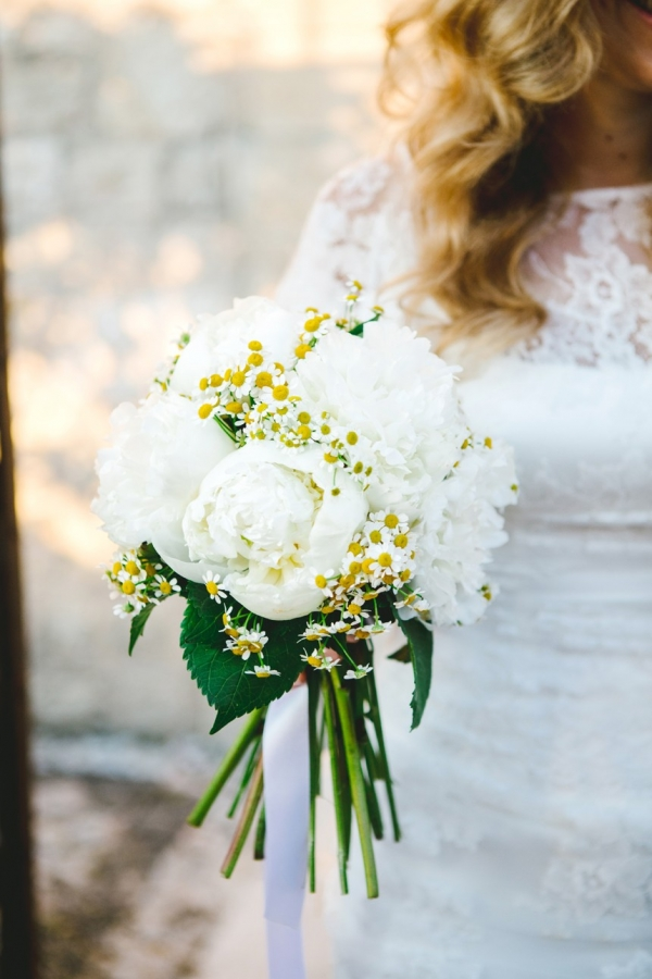 Chamomile and peony bouquet