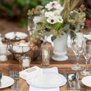 Green and white tablescape