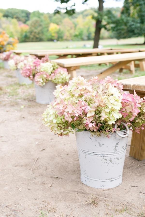 Ceremony aisle flowers