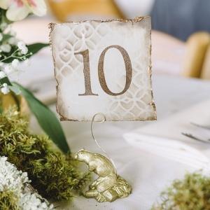 DIY woodland wedding on Glamour & Grace
