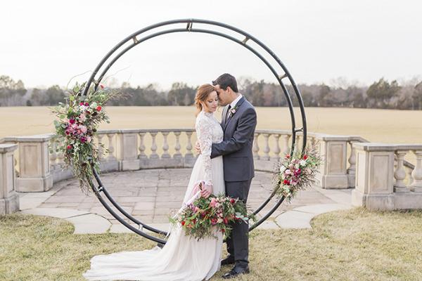 Round ceremony backdrop