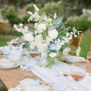 Light blue vintage wedding table