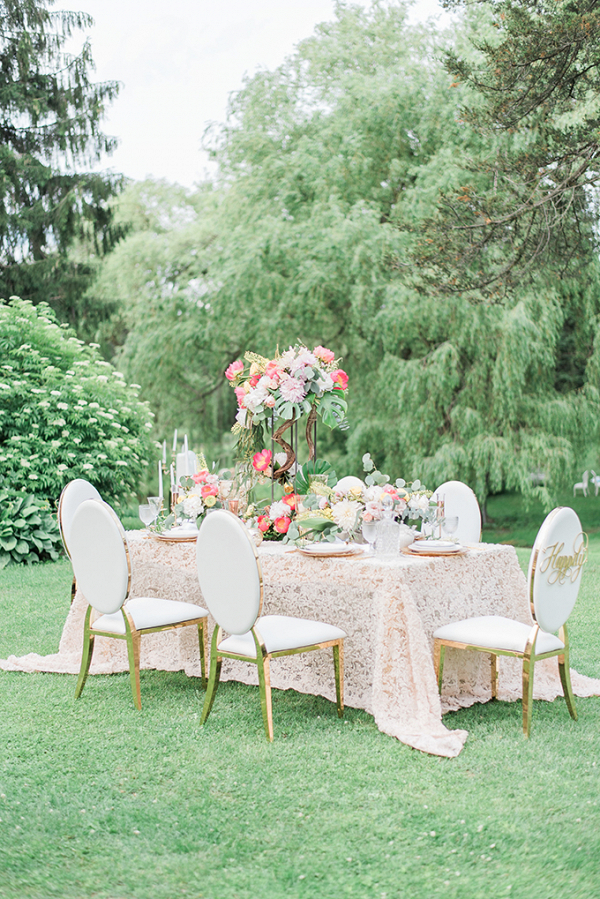 Glam spring wedding reception