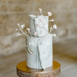 Fine art wedding cake with sugar flowers
