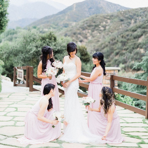 Bridesmaids in light pink