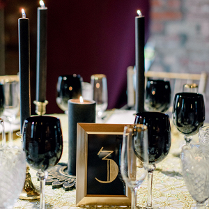 Art Deco 20's style wedding table