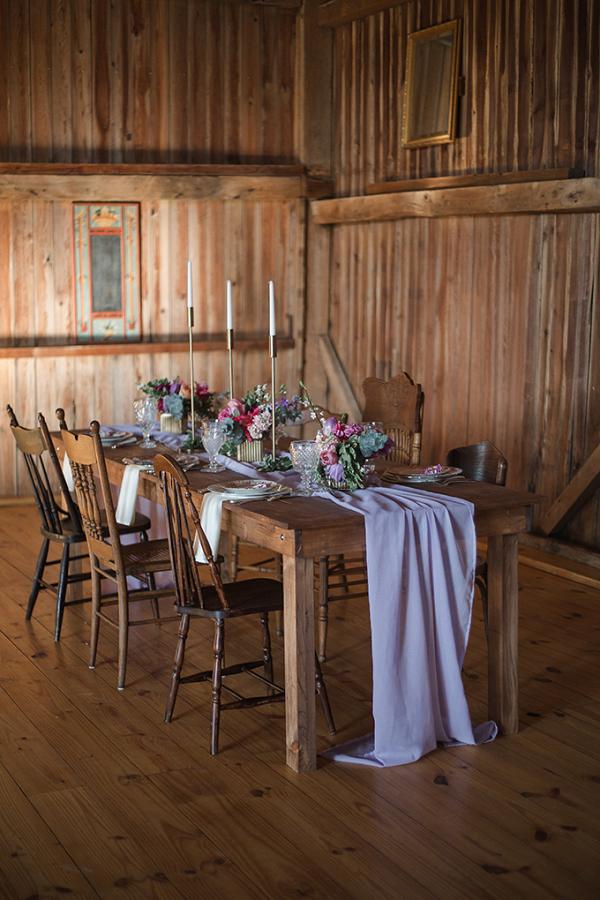 Purple barn wedding decor
