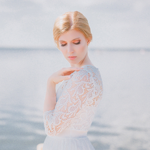 Seaside bridal portraits