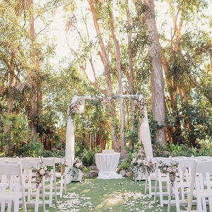 romantic vintage estate wedding by Sun & Sparrow on Glamour & Grace