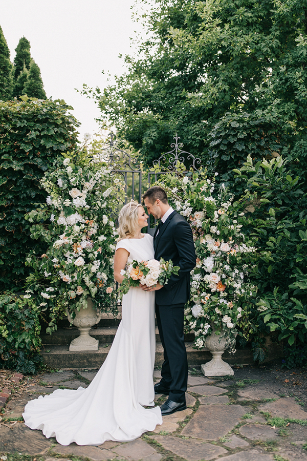 Romantic garden wedding floral ceremony backdrop