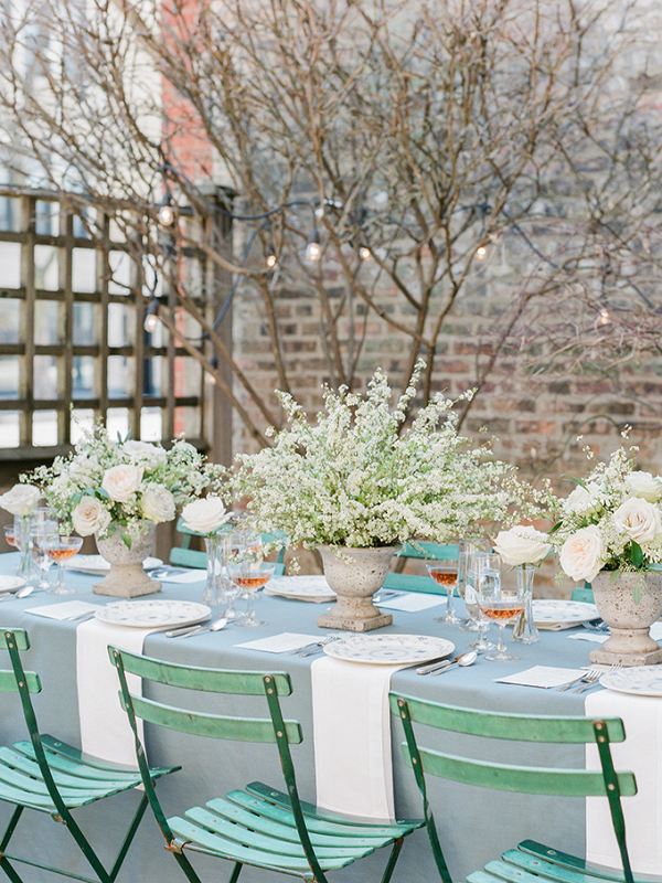 White and blue wedding tablescape