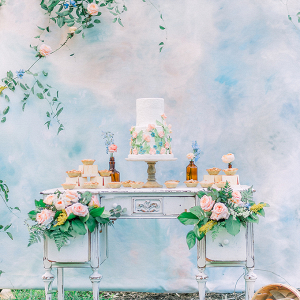 Watercolor wedding backdrop