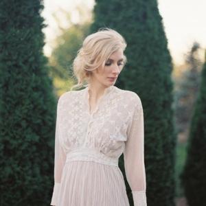 vintage bridal inspiration by Matoli Keely Photography on Glamour & Grace