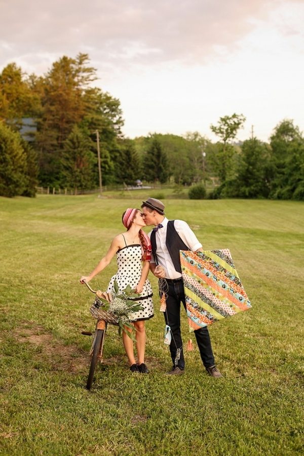 vintage picnic engagement by Gabrielle von Heyking Photographie on Glamour & Grace