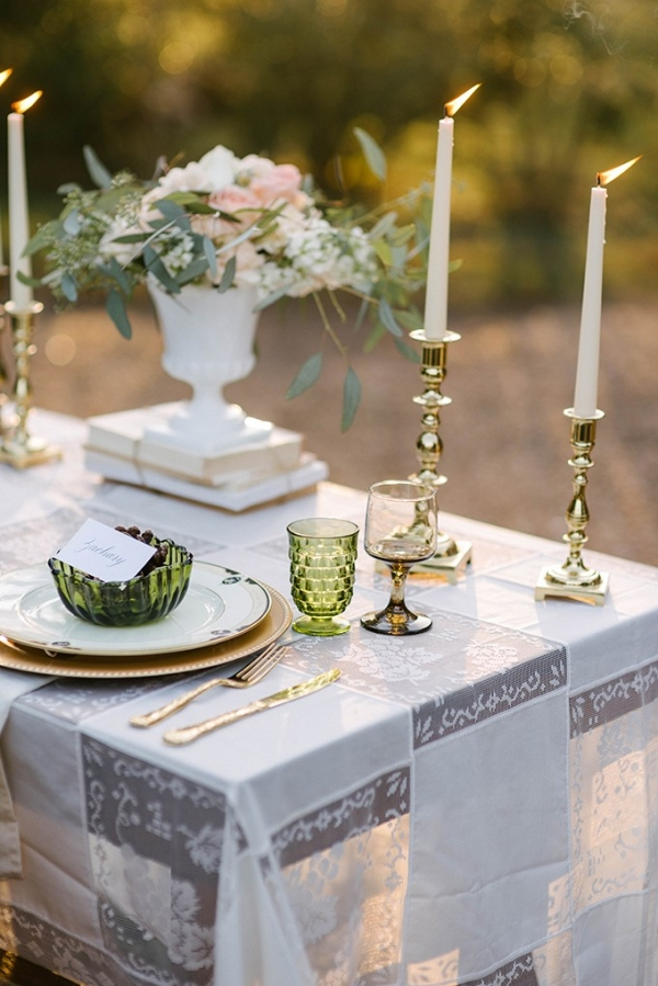 vintage winter wedding inspiration on Glamour & Grace
