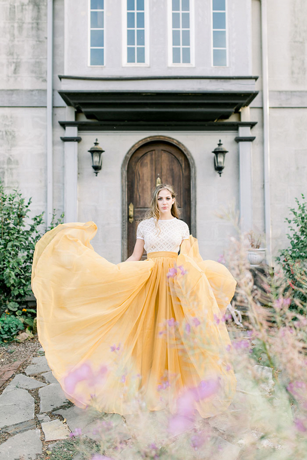 Dreamy Summer Sunshine Bridal Shoot