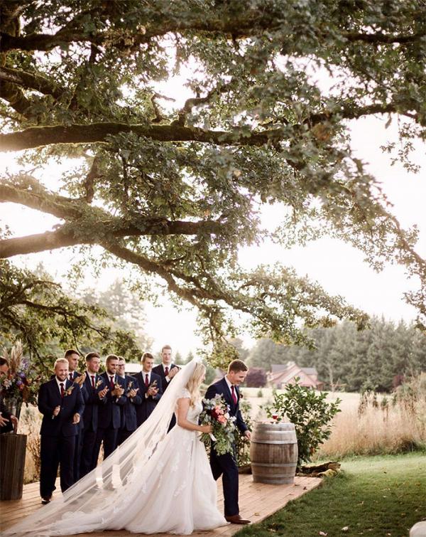 34-farm-chic-wedding-day-rainbow