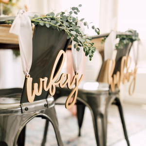 Hubby and Wifey Chair Signs