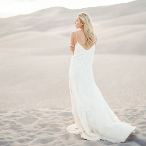 Ethereal and Romantic Desert Bride