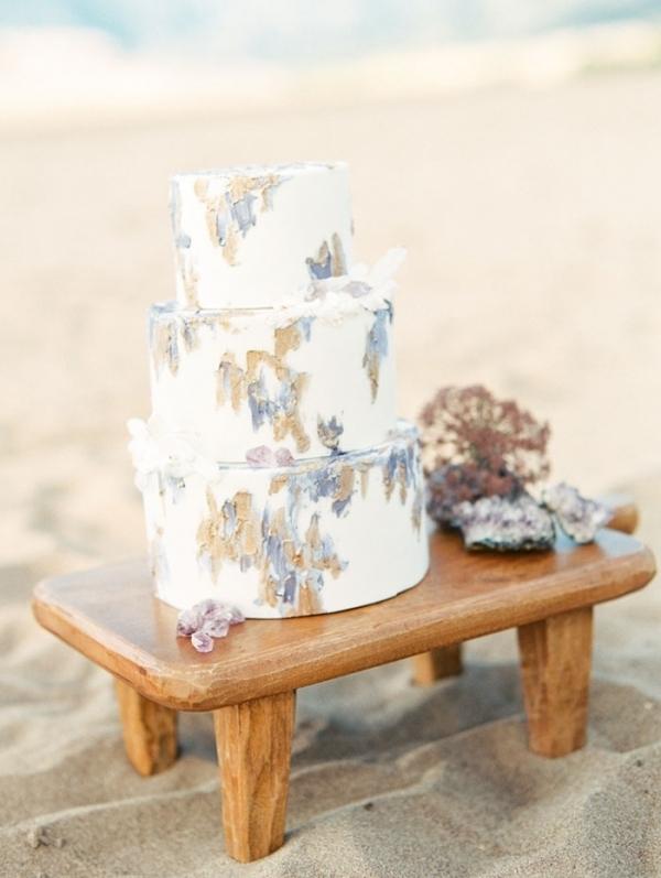 Amethyst and Gold Wedding Cake