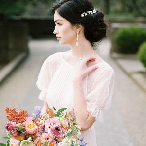 Modern Yet Timeless Bridal Style