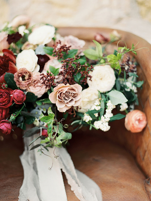 Rustic Glamour with Elegant Fall Flowers