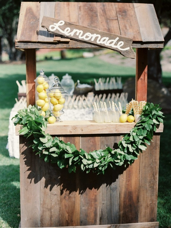 Lemonade Stand Bar for a Whimsical Summer Wedding