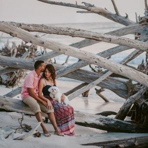 Boho-Beach-Picnic-Engagement-Session-Kismis-Ink-Photography
