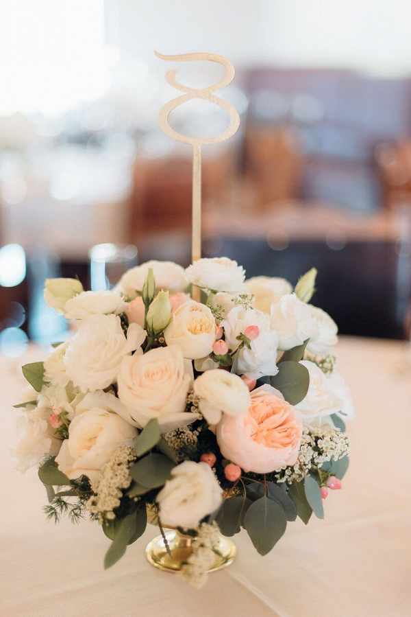 Elegant-Shabby-Chic-Wedding-Centerpiece-and-Table-Number