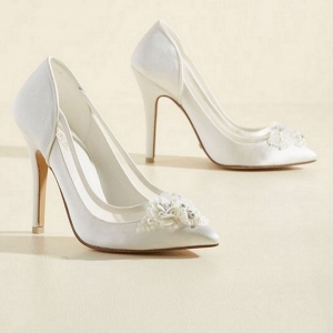 White Satin Pumps - Menbur
