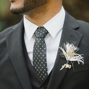 Gold-Pink-Rustic-Elegant-Wedding-contemporary-feather-Key-boutonniere