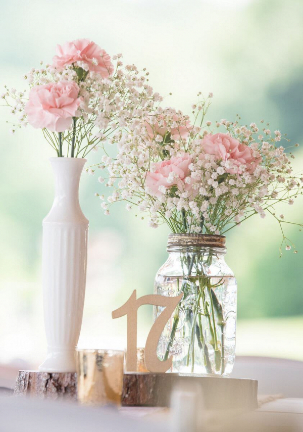 Rustic-Romantic-Outdoor-Wedding-pink-centerpieces-with-babys-breath-and-roses