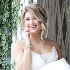 Mid-Summer Romance bridal beauty