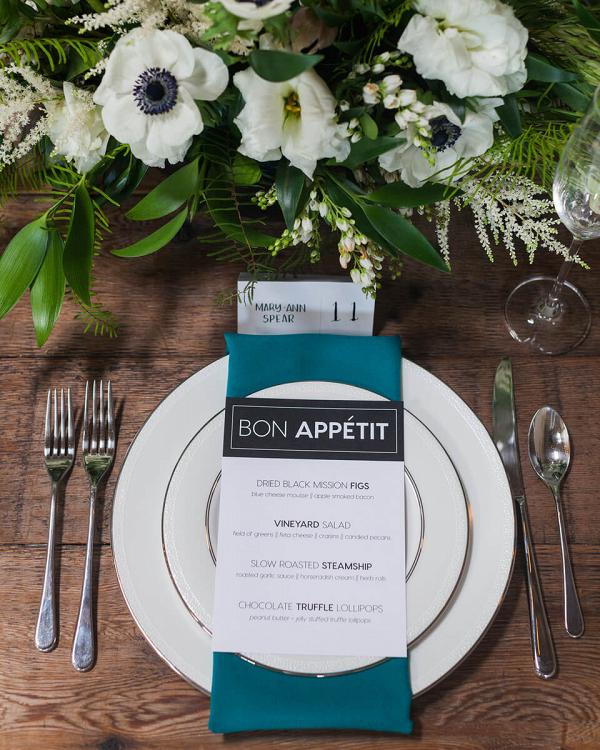 Minimalist Tablescape Wedding Inspiration - Place setting