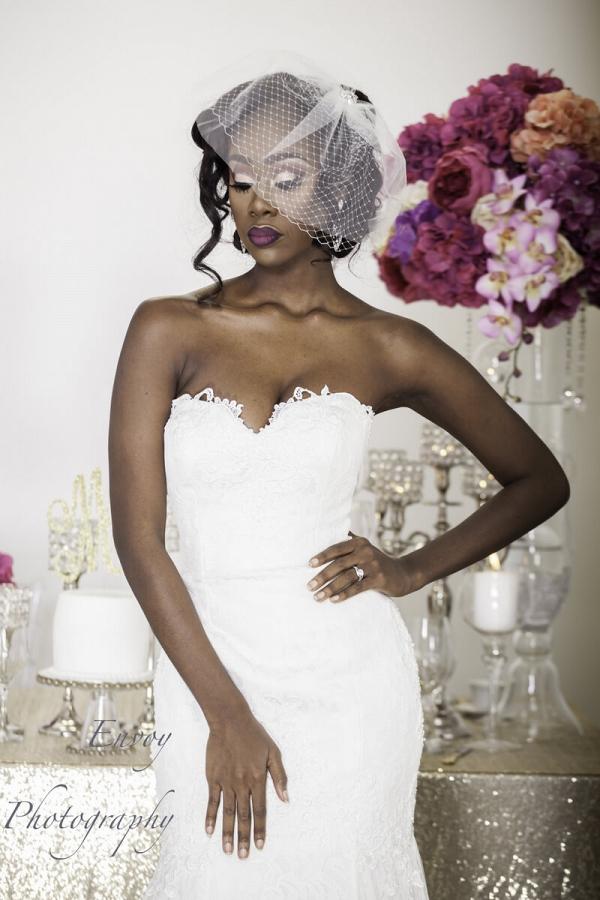 Modern Ghanaian Wedding Inspiration - Bride with fascinator veil