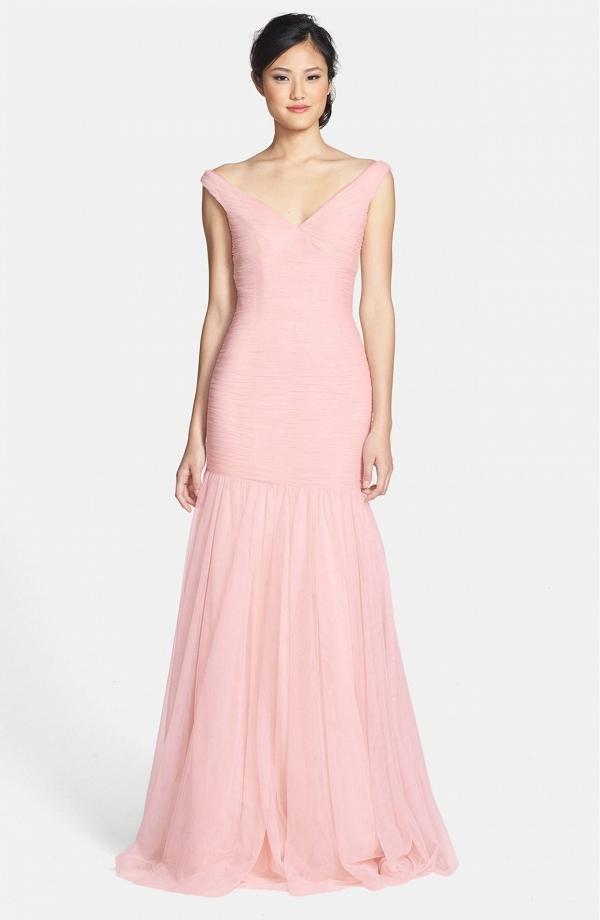 Bridesmaids V-Neck Shirred Tulle Trumpet dress