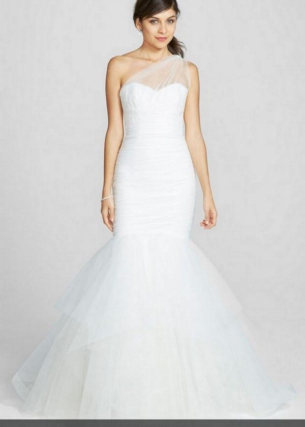 Nouvelle Amsale Wedding dresses