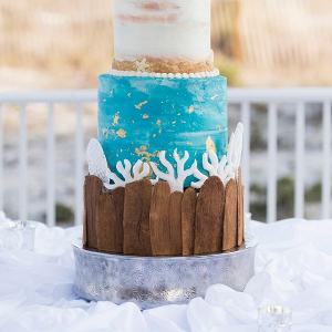 Perdido-Beach-Resort-Wedding-beach-wedding-cake