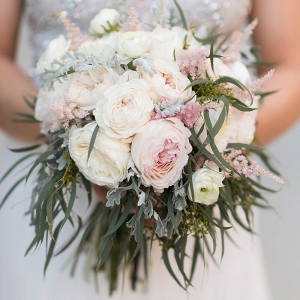 Perdido-Beach-Resort-Wedding-brides-bouquet