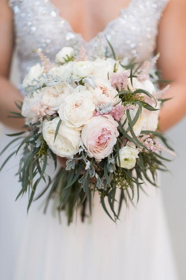 Perdido-Beach-Resort-Wedding-brides-bouquet